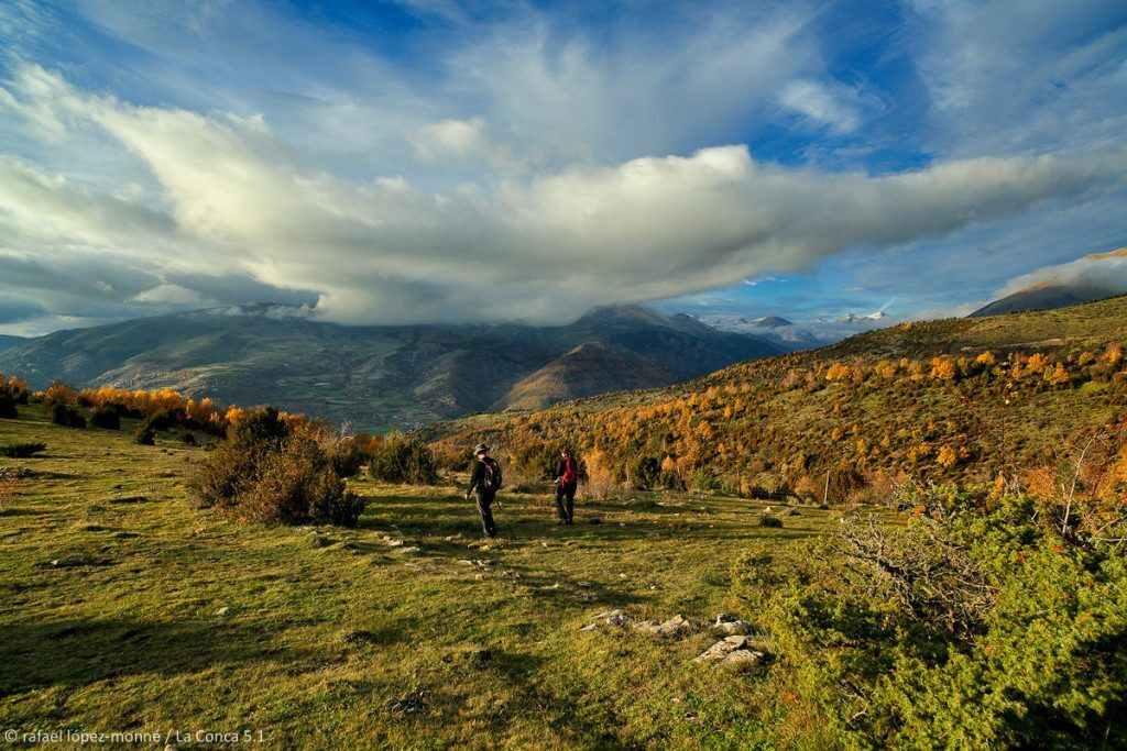 Pastures sota la collada del Clot d'Andol (1.535 m). Serra Espina. Beraniu. La Vall Fosca. Pirineus. Ruta El cinquè llac. La Torre de Capdella, Pallars Jussà, Lleida